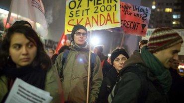 Das Geld für eine bessere Bezahlung ist da – studentische Beschäftigte der Berliner Hochschulen demonstrierten am 16. Dezember 2017 und drohen mit Streiks